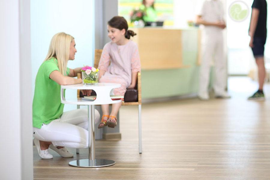 zahnarztpraxis bruchsal synerdent kind gespraech